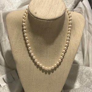 Monet pearl bead necklace